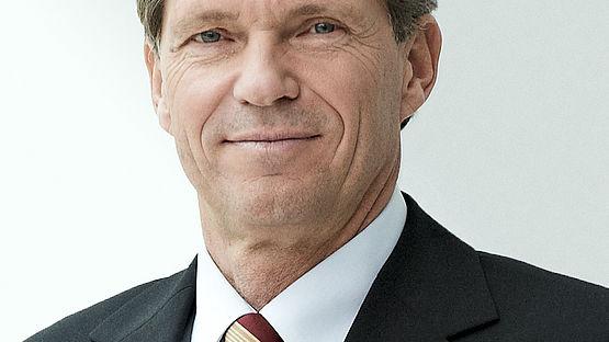 Dr Klaus Probst