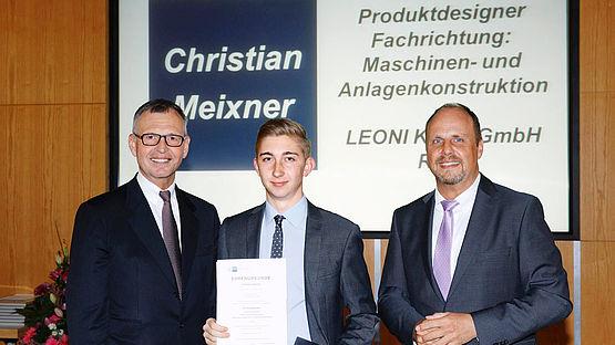 Auszeichnung des Azubis Christian Meixner bei der IHK