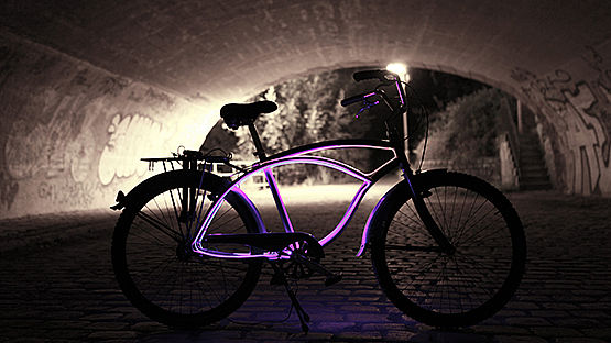 New AmbientFiber® design example – City Cruiser Bike connects design and safety